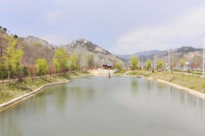 河道边坡绿化治理