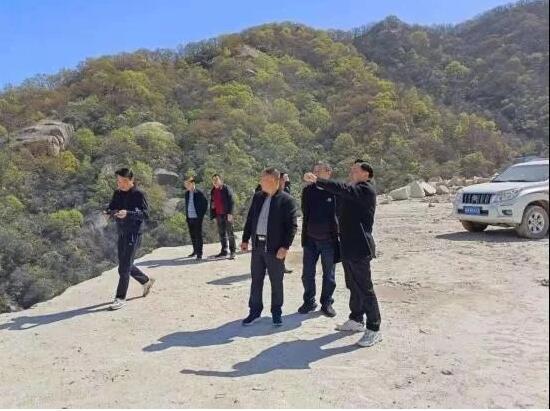 随县县领导带队督导矿山生态修复工作